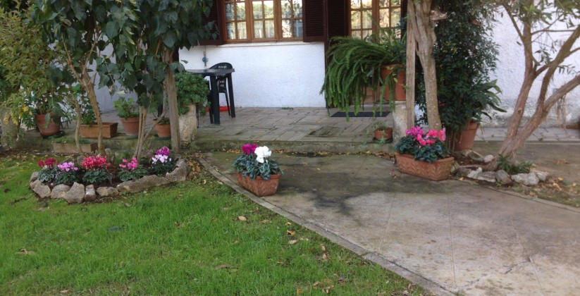 Villa Di 600 Mq Con Giardino Di 1500 Mq E Garage In Via